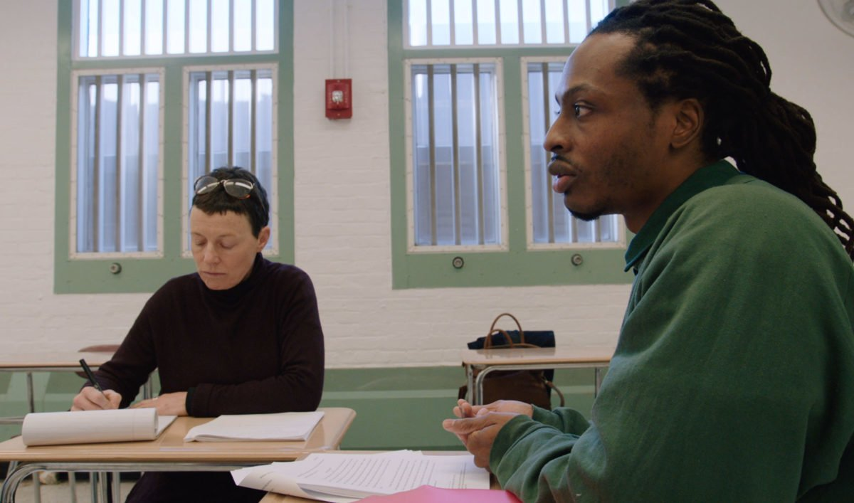 Rodney Spivey-Jones defends his senior thesis in a scene from College Behind Bars.